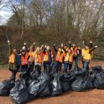 8 étudiants nettoient la nature : Le Lens Clean Up Day